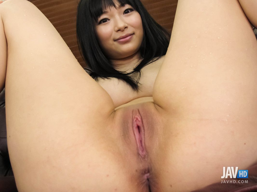 Clean pussy babe Hina Maeda masturbates in hot way