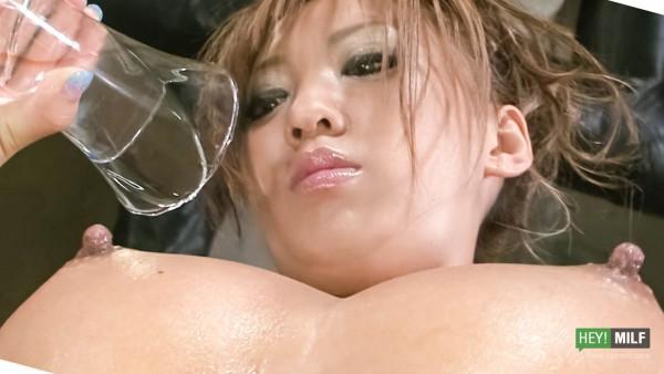 Hina Maeda (の前田陽菜)