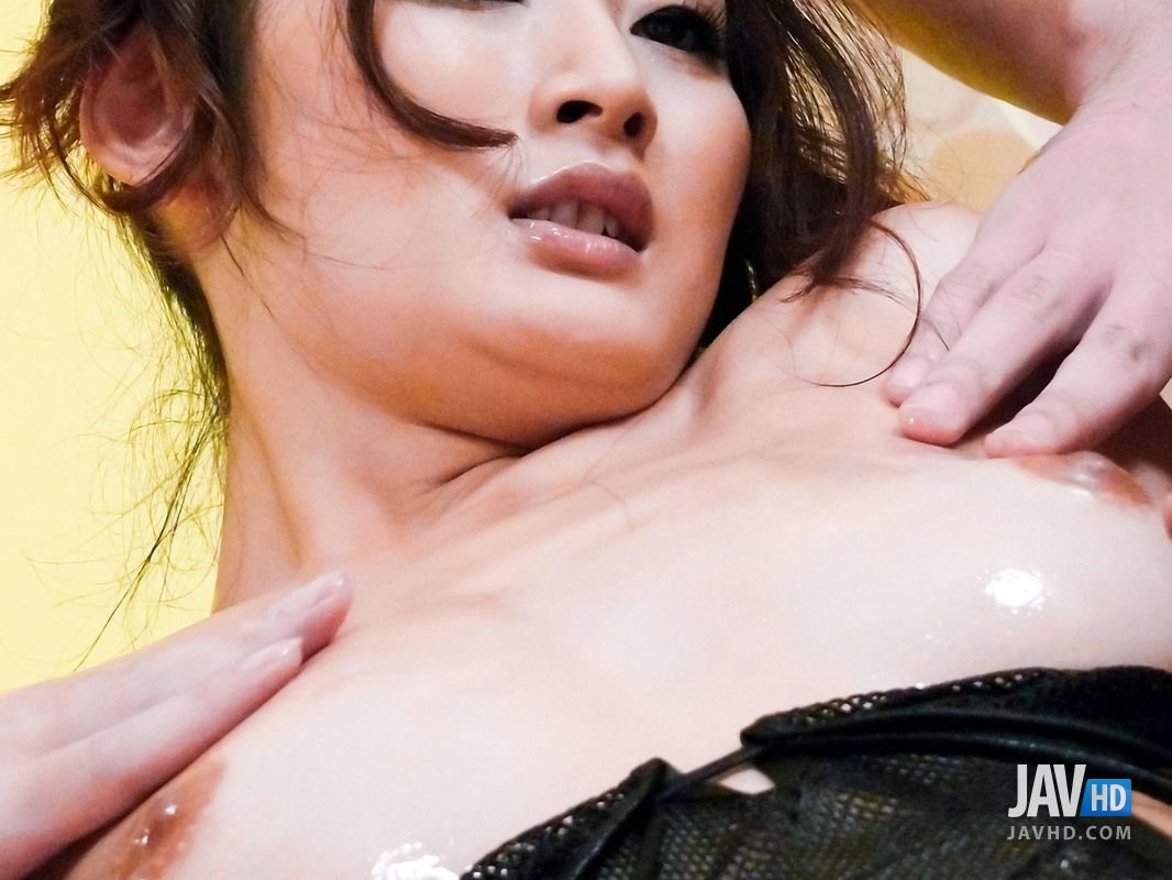 Horny Risa Murakami Gest Oiled Up And Sperm All Over Her Body